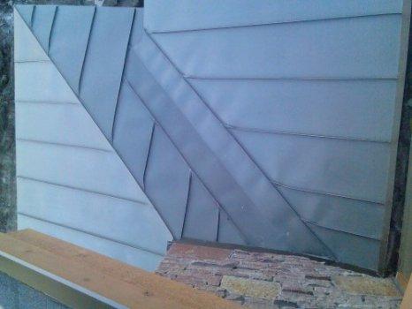 46-zinc-standing-seam-roof-hip-hop-valley-detail