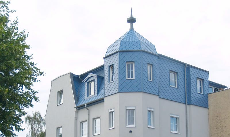 metal-shingles-for-wall-and-roof-matching-finial